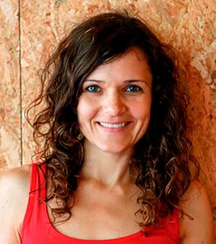 Alma sexologa instructora de yoga terapias vacaciones alternativas tantra españa